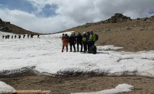حضور پر رنگ و محوری کوهنوردان تبریزی در کمپ جوانان اتحادیه جهانی کوهنوردی (UIAA)