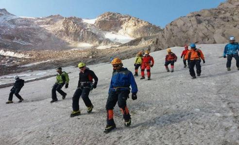 گزارش تصویری دوره مربیگری درجه ۳ برف و یخ آقایان سبلان از تاریخ ۲۲ تا ۲۵ شهریور
