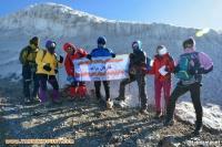 صعود ۹ نفر از اعضای باشگاه کوهنوردی قارتال مراغه به قله آرارات