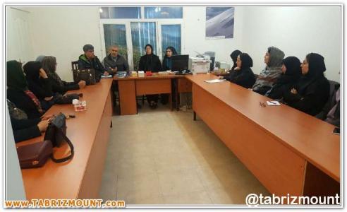 گزارش تصویری اولین نشست رییس و نواب رییس هیات کوهنوردی استان با شورای کوه بانوان