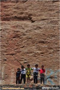 برگزاری اولین اردوی آماده سازی تیم انتخابی نونهالان و نوجوانان سنگنوردی داخل سالن استان