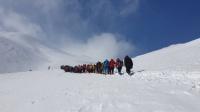 صعود سراسری کوهنوردان به قله بزقوش سراب