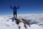 صعود قله پوبدا و دریافت نشان پلنگ برفی توسط ابوالفضل گوزلی