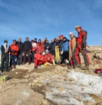 تجلیل از نجاتگران شرکت کننده در عملیات جستجو و نجات غار بابااحمد