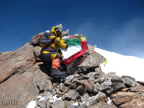 عظیم قیچی ساز به عنوان برترین کوهنورد کشور سال ۱۳۹۴ ورزش ایران انتخاب شد
